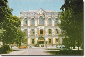 Фасад КубГМУ